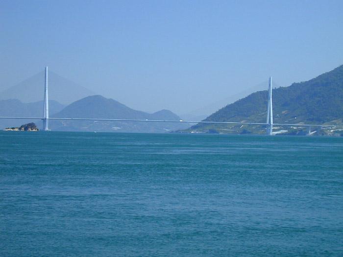 大三島から見た多々羅大橋
