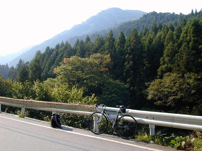 県道10号滝瀬付近