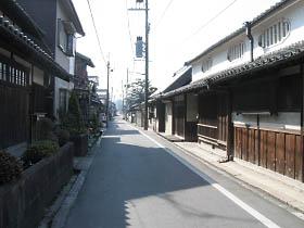 柳本あたりの古い街並み